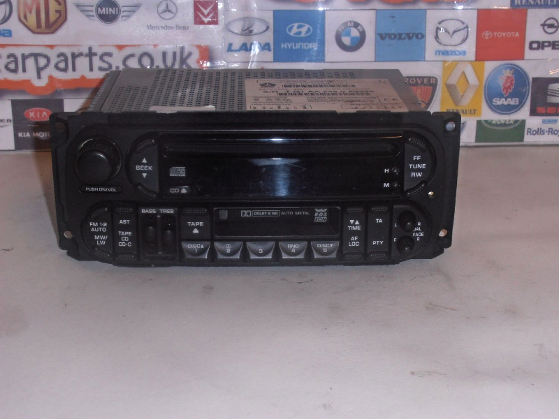 JEEP GRAND CHEROKEE /CHRYSLER VOYAGER /RADIO CD PLAYER WITH CODE  TQ1AA3420A4420